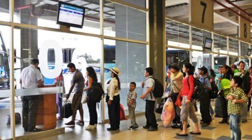 EE.UU. fue el principal destino de los peruanos que salieron al exterior por el Aeropuerto Jorge Chávez.