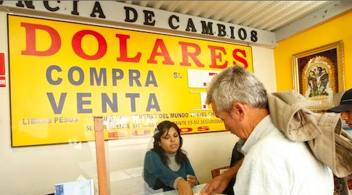 Casas de cambio. Podrán negar la operación de cambio si la persona no cumple con presentar toda la información requerida.