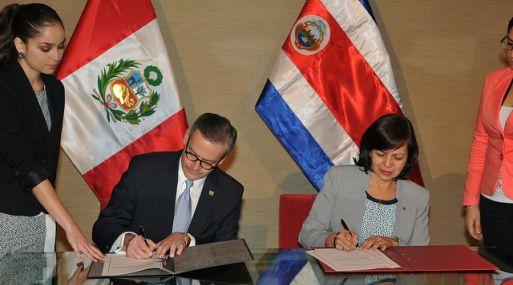 El 2 de julio se firmó el acuerdo de supresión de visas entre Perú y Costa Rica.