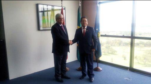 Pablo Sánchez y su homólogo brasileño, Rodrigo Janot, se reunieron hoy en Brasil. (Foto: Ministerio Público)