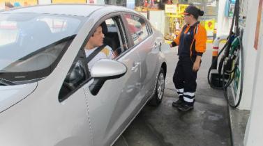 Opecu: refinerías bajaron gasoholes hasta en 1.4% pero GLP subió en 4.6%