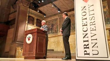 """PPK en Princeton: """"Para EE.UU. América Latina es como un perro simpático que no genera problemas"""""""