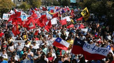 Así fue la masiva marcha en Chile contra sistema de pensiones AFP