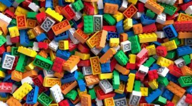 ¿El trabajo ideal? Se requiere diseñador de figuras de Lego