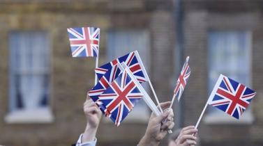 Unión Europea endurece postura del Brexit sobre finanzas y ciudadanos