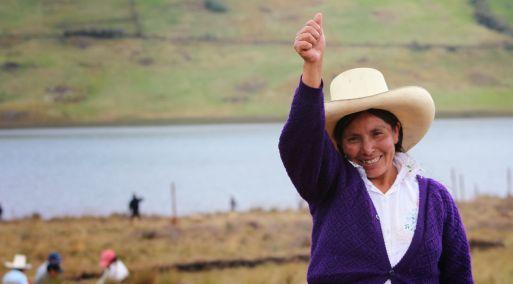 Poder Judicial absuelve a Máxima Acuña de litigio con minera Yanacocha
