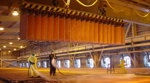 Cobre toca mínimo de 4 meses por caída de importaciones chinas