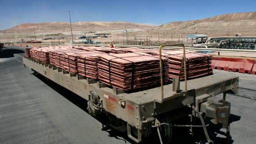 El cobre en la Bolsa de Metales de Londres subía un 0.7% a US$ 5,619.50 la tonelada.
