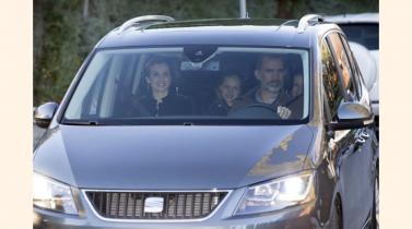 Lujo y nobleza sobre ruedas: Los coches de las familias reales