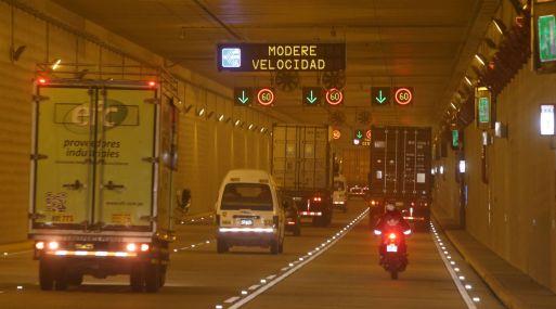 Tránsito en túnel de la avenida Nestor Gambetta se abre parcialmente — Callao