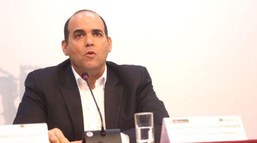 Primer ministro de Perú asume la cartera de Economía