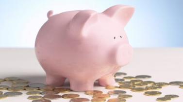 Educación financiera reduce la presión económica a padres