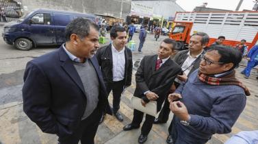Las Malvinas: Produce ayudará a comerciantes afectados por incendio