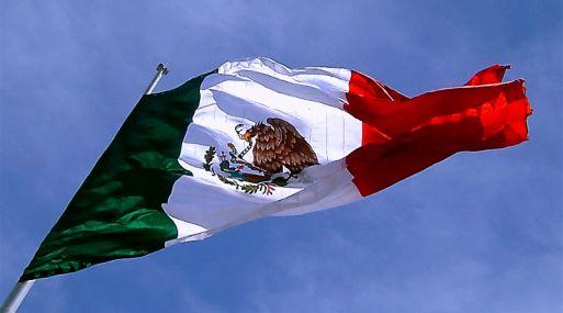 Mejora S&P perspectiva de deuda mexicana, de negativa a estable
