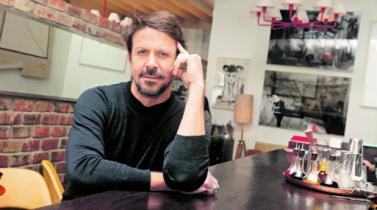 Chef, melómano y escritor, las aristas que definen a Rafael Osterling
