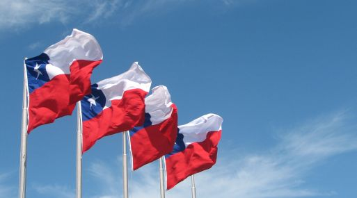 Fitch rebaja calificación soberana de Chile por debilidad económica prolongada