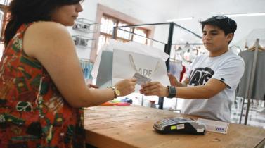 Comportamiento del consumidor: ¿en qué gastan más los peruanos y quiénes compran más?