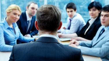 Consejos y temas de conversación: Impulse el desempeño administrando atentamente