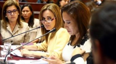 Ministra de Educación desmiente versiones sobre supuesta renuncia