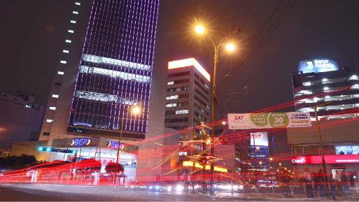 Moody's rebajó el panorama crediticio de Chile a