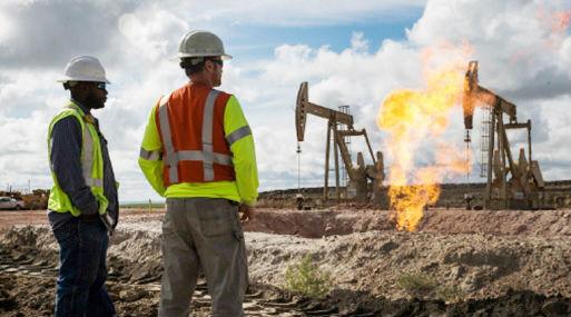 Los precios del combustible en EE.UU. suben por Harvey