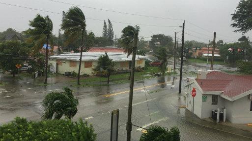 Su giro al oeste, alejándose de Miami, también apartó este paraíso turístico del peligroso frente de la tormenta, el de mayor potencial destructivo (Foto: Andina).