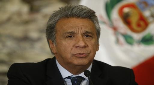 El presidente ecuatoriano Lenín Moreno denunció que lo espiaban en su despacho