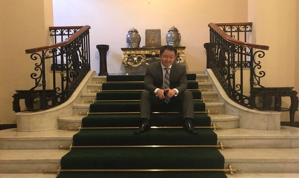 Kenji visitó Palacio y agradeció a PPK
