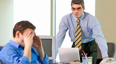 ¿Cuáles son los tipos de indemnización laboral que establece la legislación?
